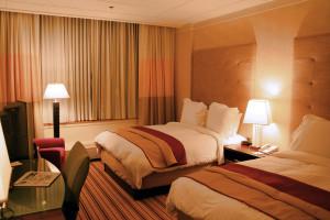 Hotel-room-renaissance-columbus-ohio